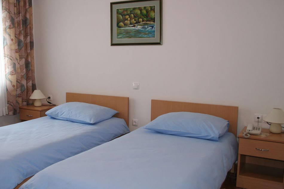 Roganac-smještaj-sobe33